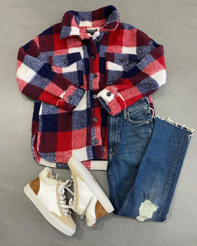 OOTD! Ready for some FALL FUN FASHION❤️🤍💙